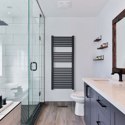 Ecostrad Cube Bluetooth Electric Towel Rail - Anthracite